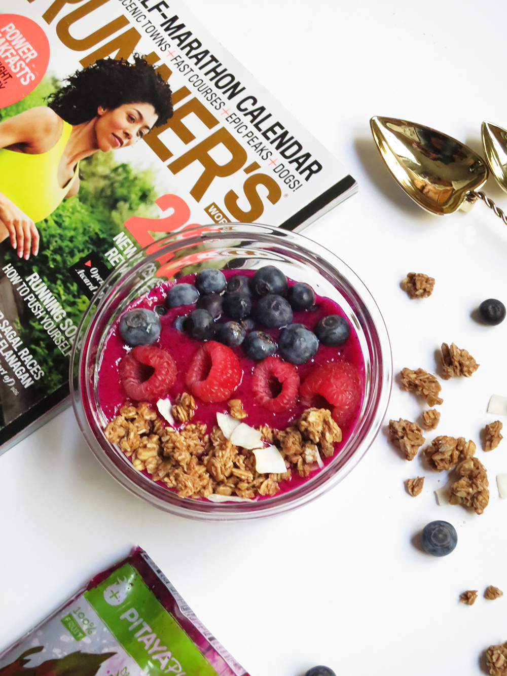 Pitaya Smoothie Bowl | leangirlsclub